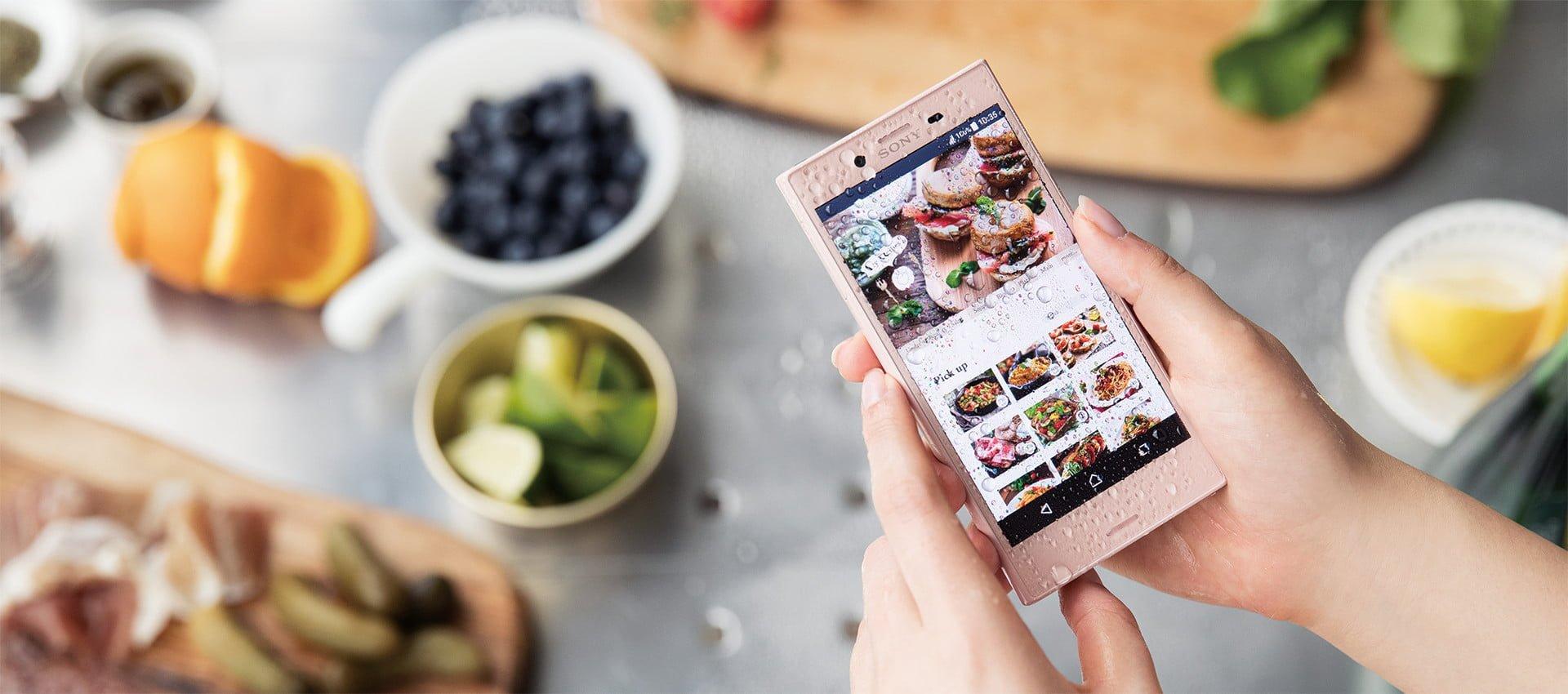 W Japonii zadebiutowała wodoszczelna Sony Xperia X Compact 18