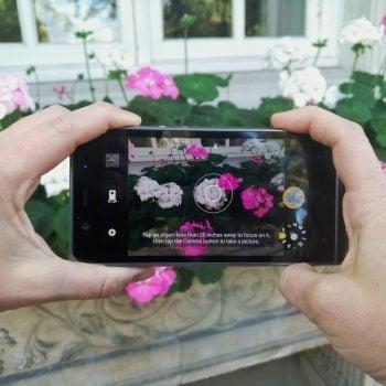 Tabletowo.pl Z możliwości smartfon, a z wyglądu - aparat. Kodak Ektra do kupienia od 9 grudnia Nowości Producenci Smartfony Sprzęt