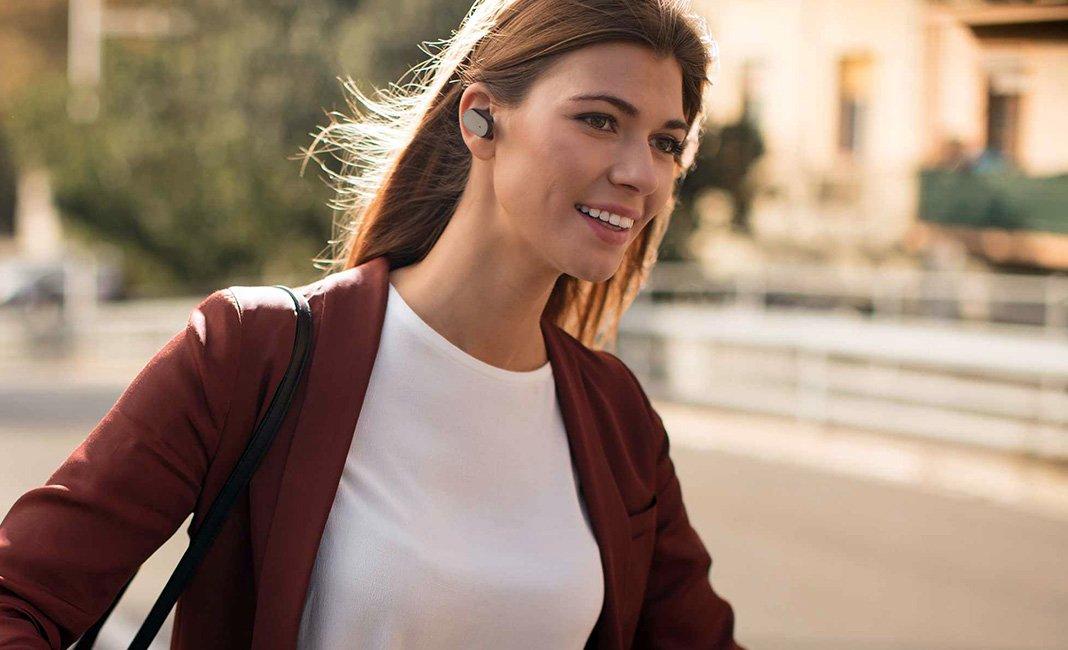Tabletowo.pl Sony rozpoczyna w Polsce sprzedaż Xperia Ear, czyli słuchawki bezprzewodowej i asystenta w jednym Akcesoria Sony