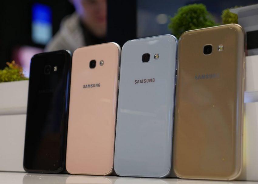 Średniopółkowce, ale prawie jak flagowce - jakie są nowe smartfony z zaprezentowanej serii Galaxy A 2017? 19