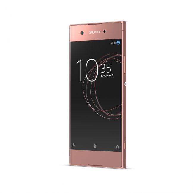 Oprócz Xperii XZ Premium, Sony zaprezentowało trzy inne smartfony - XZs i średniopółkowe XA1 i XA1 Ultra 22