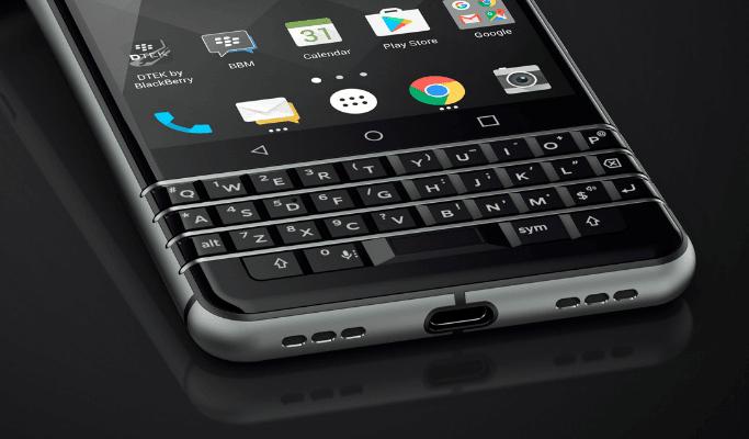 BlackBerry prezentuje swój nowy smartfon z klawiaturą QWERTY: KEYone (Mercury) 15