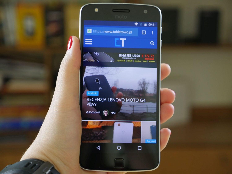 Tabletowo.pl Nadal jeszcze nie masz pomysłu na prezent? Motorola Moto Z Play w takiej cenie może być idealnym! Android Lenovo Motorola Promocje Smartfony
