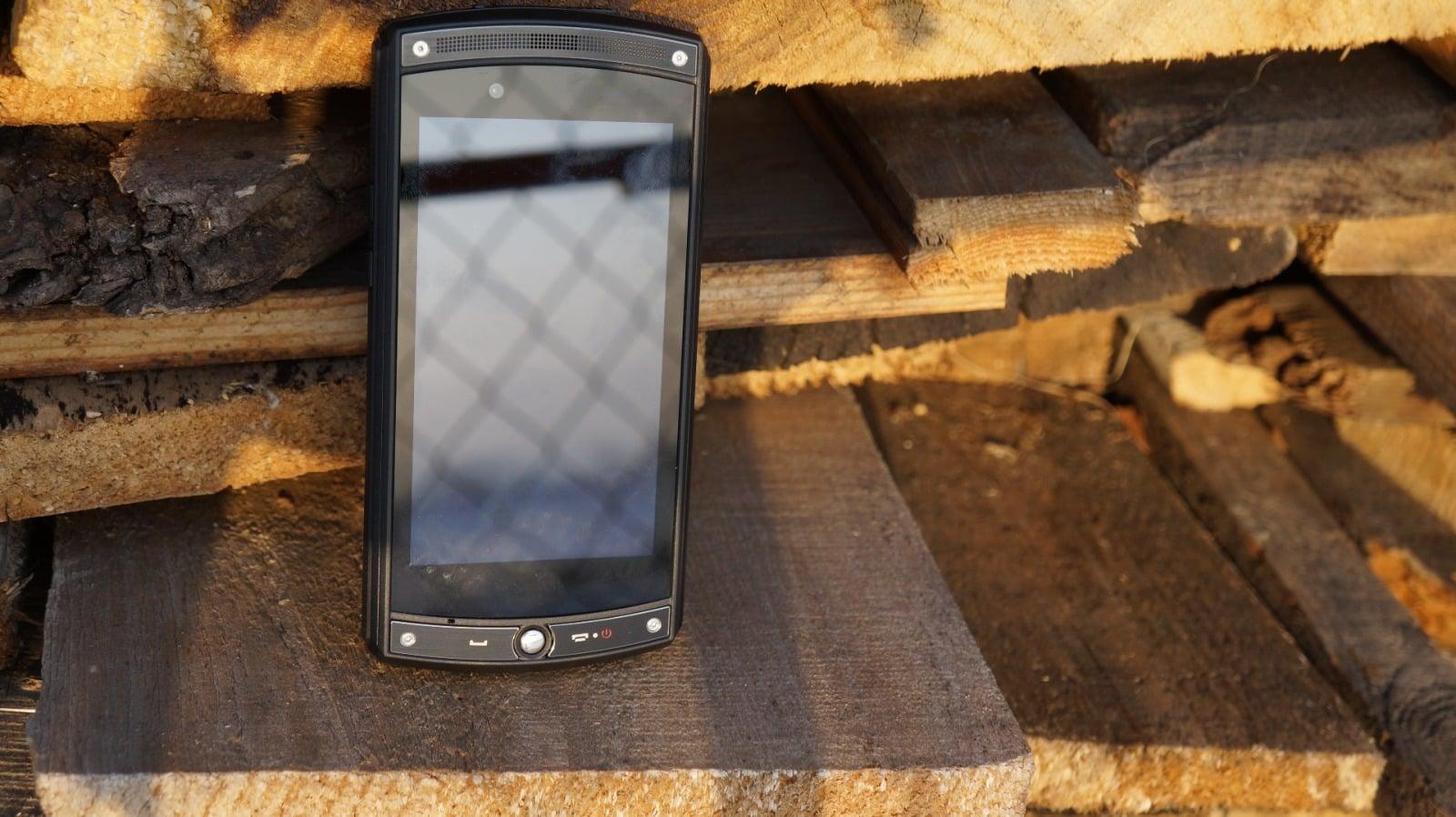 Recenzja myPhone Hammer Force, którego od jutra kupicie w Biedronce 18