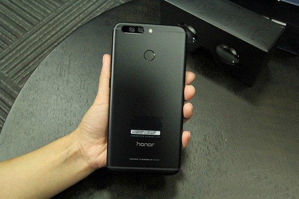 Honor Note 9 na pierwszym zdjęciu 20
