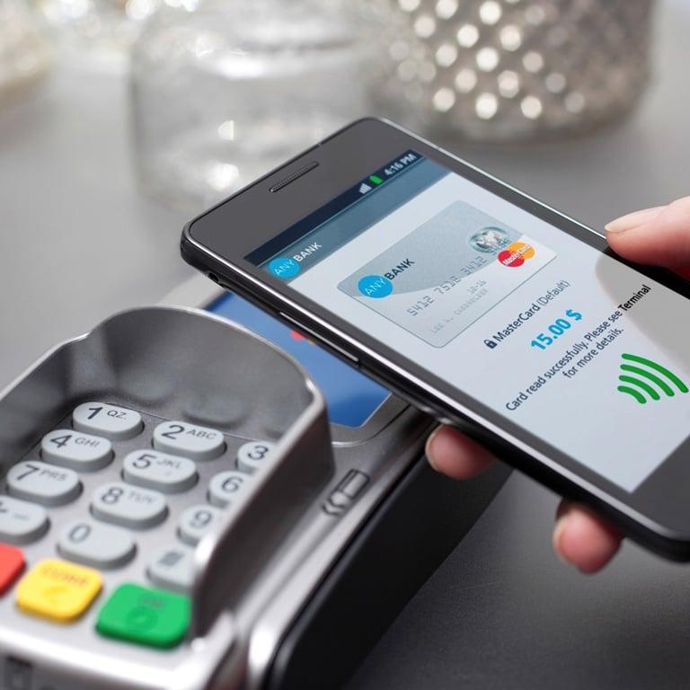 Tabletowo.pl To dlatego tak lubimy NFC w telefonach. Już milion Polaków płaci zbliżeniowo smartfonami Raporty/Statystyki