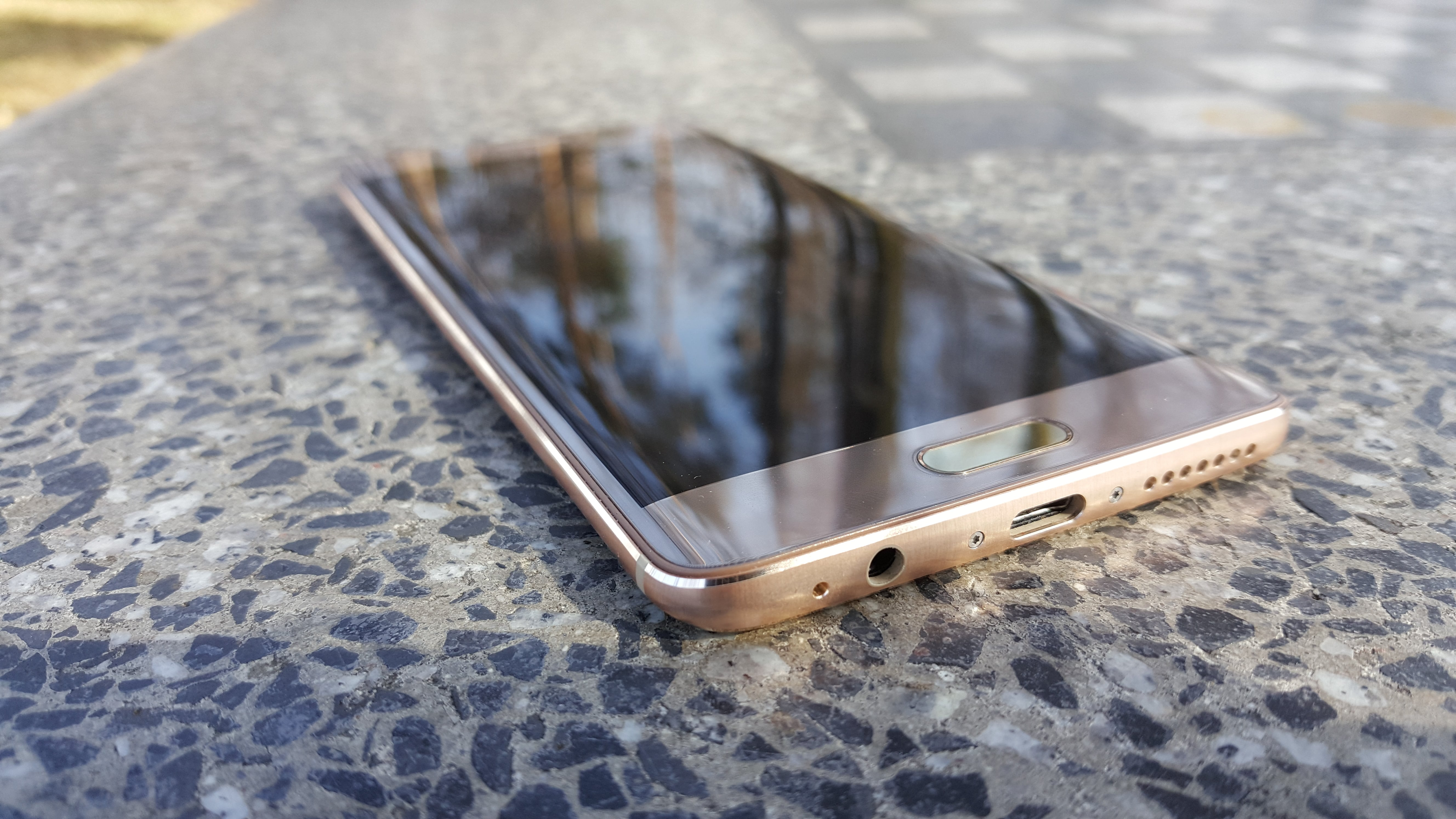 Tabletowo.pl Wiemy już, jak będzie wyglądał Huawei Mate 10 Pro Huawei Plotki / Przecieki Smartfony Sztuczna Inteligencja