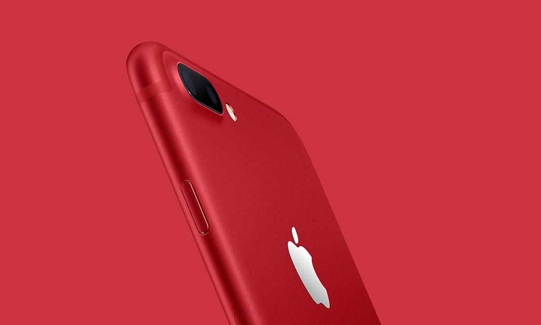 iPhone 7 w nowej, czerwonej wersji kolorystycznej, aby wesprzeć walkę z HIV i AIDS 21