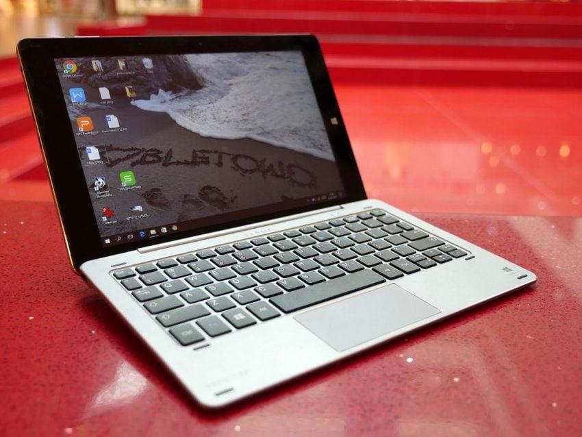 Tabletowo.pl Recenzja taniej hybrydy z Windowsem - Kiano Intelect X2 HD Hybrydy Laptopy Recenzje Tablety Windows Zapowiedzi