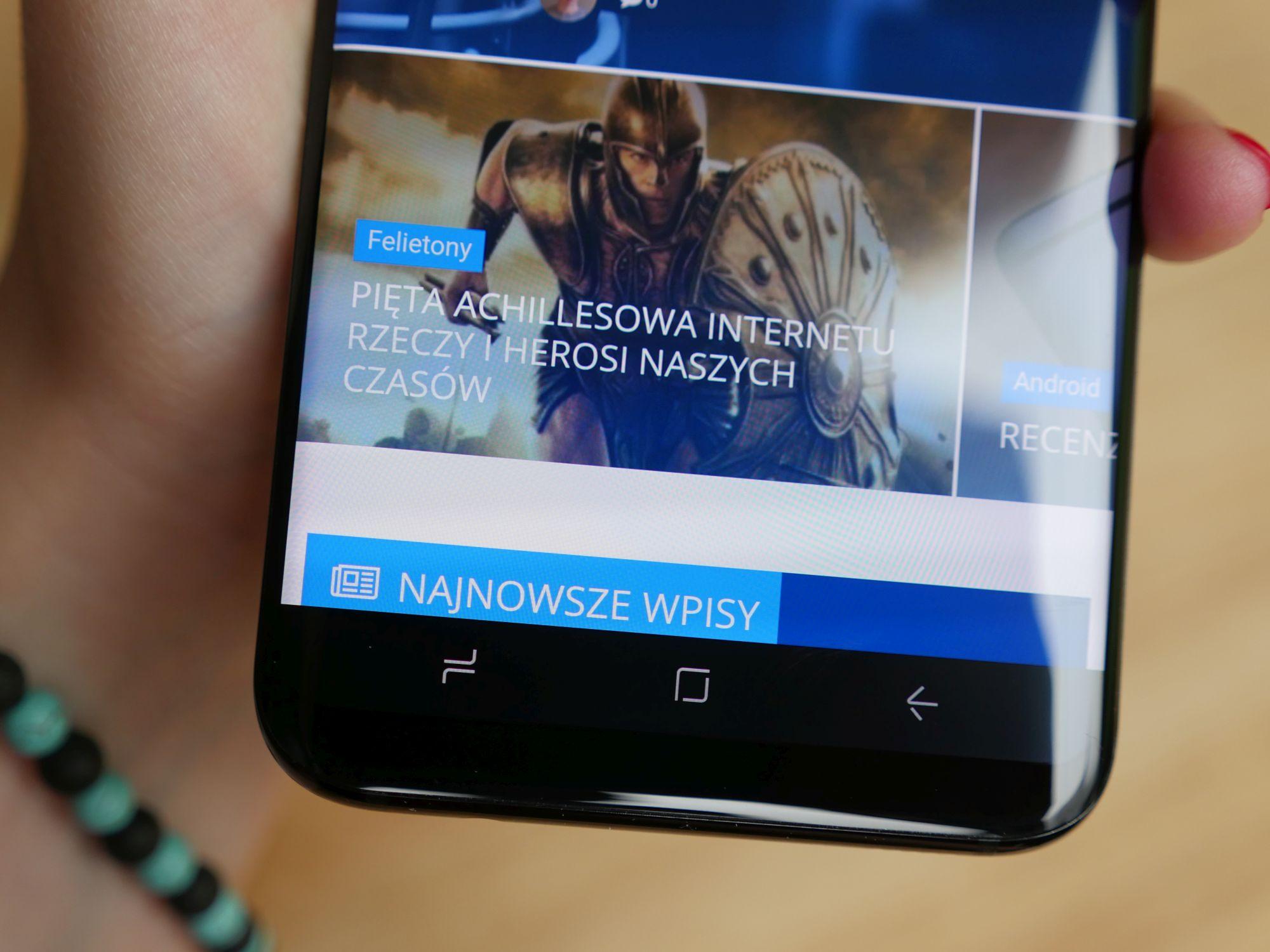 Aktualizacja dla Samsunga Galaxy S8 i S8+ w Polsce ma wyeliminować efekt zaróżowienia ekranu