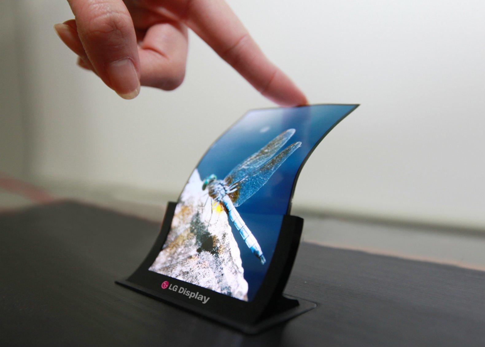 Premiera LG V30 podobno już we wrześniu. Tylko czy LG wyrobi się z panelami OLED do tego czasu? 20