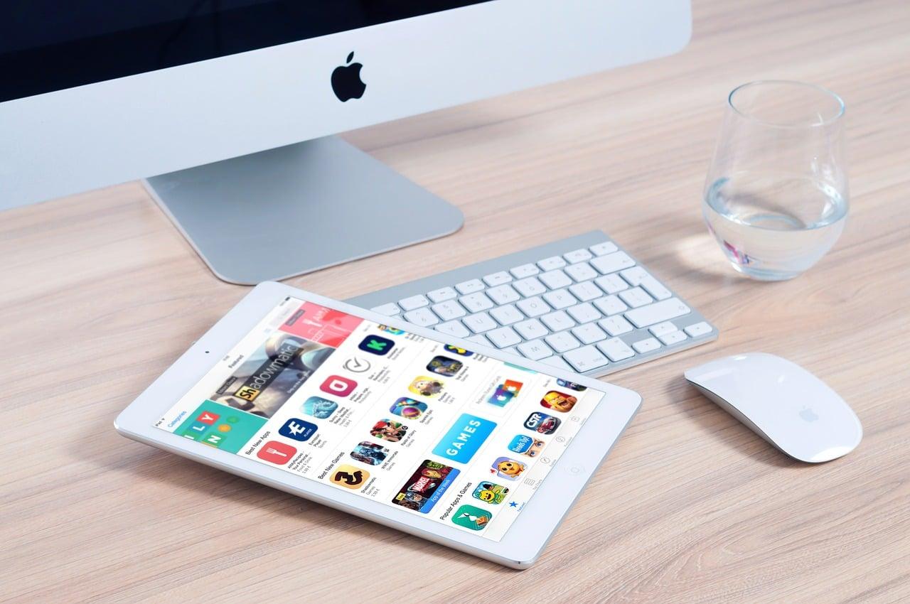 Tabletowo.pl Apple zamierza zaprojektować własny chip specjalnie dla sztucznej inteligencji Apple Ciekawostki Sztuczna Inteligencja