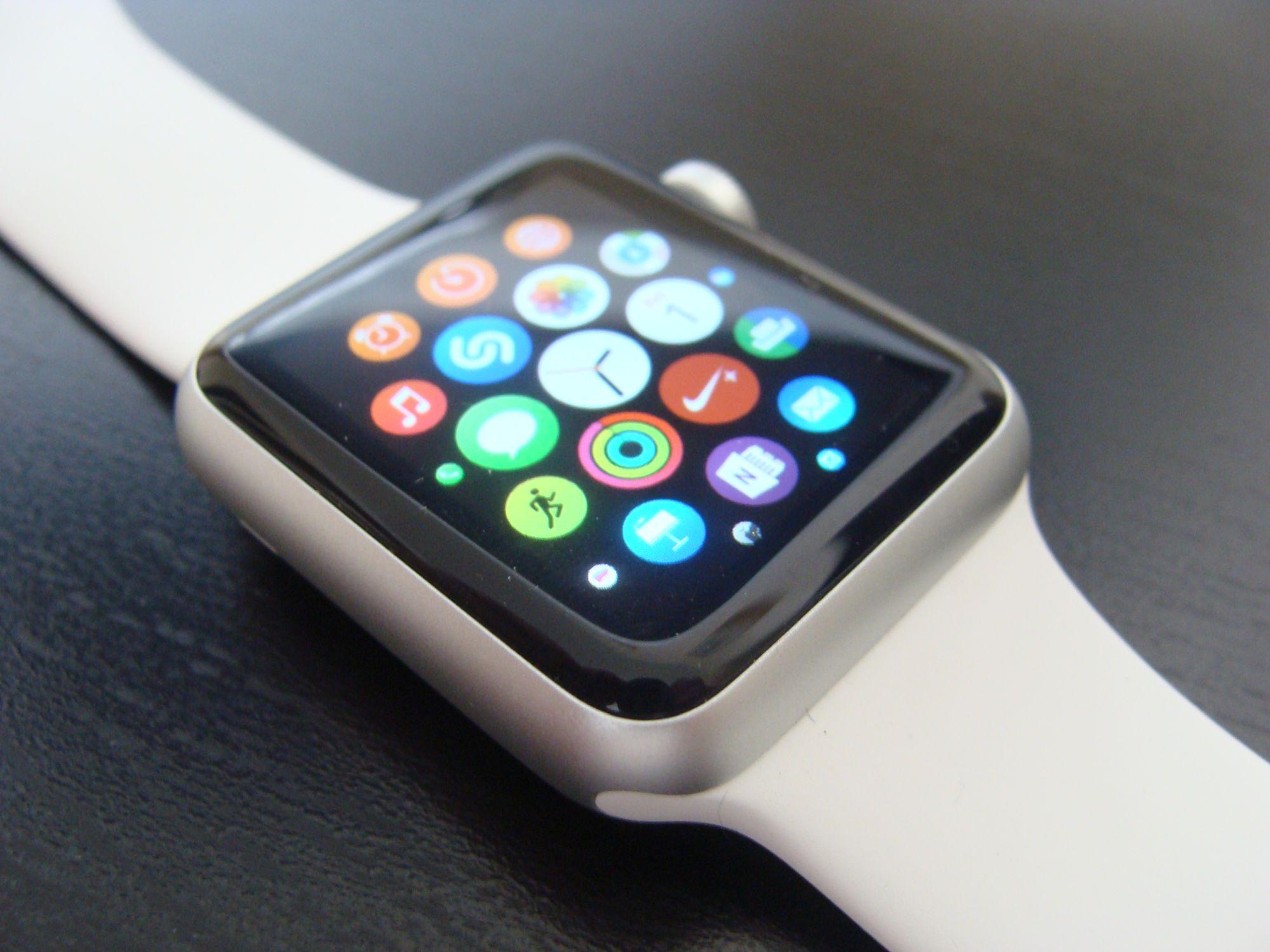 Tabletowo.pl Czwarta generacja Apple Watcha może dostać tryb Always On Display i wykorzystać sposób na wypalanie się OLED-ów Apple Koncepcje Raporty/Statystyki Wearable Xiaomi