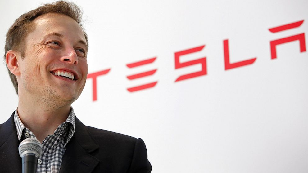 Tesla umożliwi modyfikację dźwięku w samochodach 20