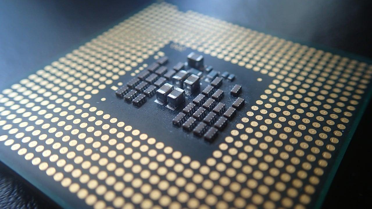 Tabletowo.pl Do premiery jeszcze daleko, ale znamy już wstępną specyfikację procesorów Snapdragon 845 i Kirin 970 Huawei Plotki / Przecieki Qualcomm