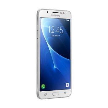 Tabletowo.pl Czym Samsung Galaxy J7 2017 różni się od Galaxy J7 2016? Porównanie parametrów Android Porównania Samsung Smartfony