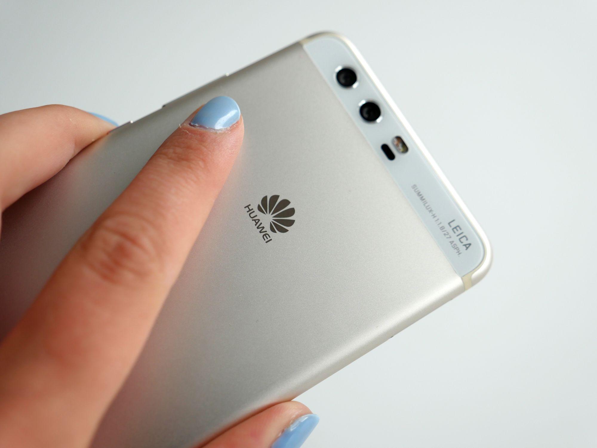 Tabletowo.pl Huawei może dostać bana na sprzedaż smartfonów w Wielkiej Brytanii Android Ciekawostki Huawei Smartfony