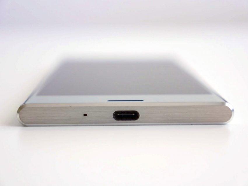Tabletowo.pl Recenzja Sony Xperia XZ Premium - co poza Super Slow Motion? Android Recenzje Smartfony Sony