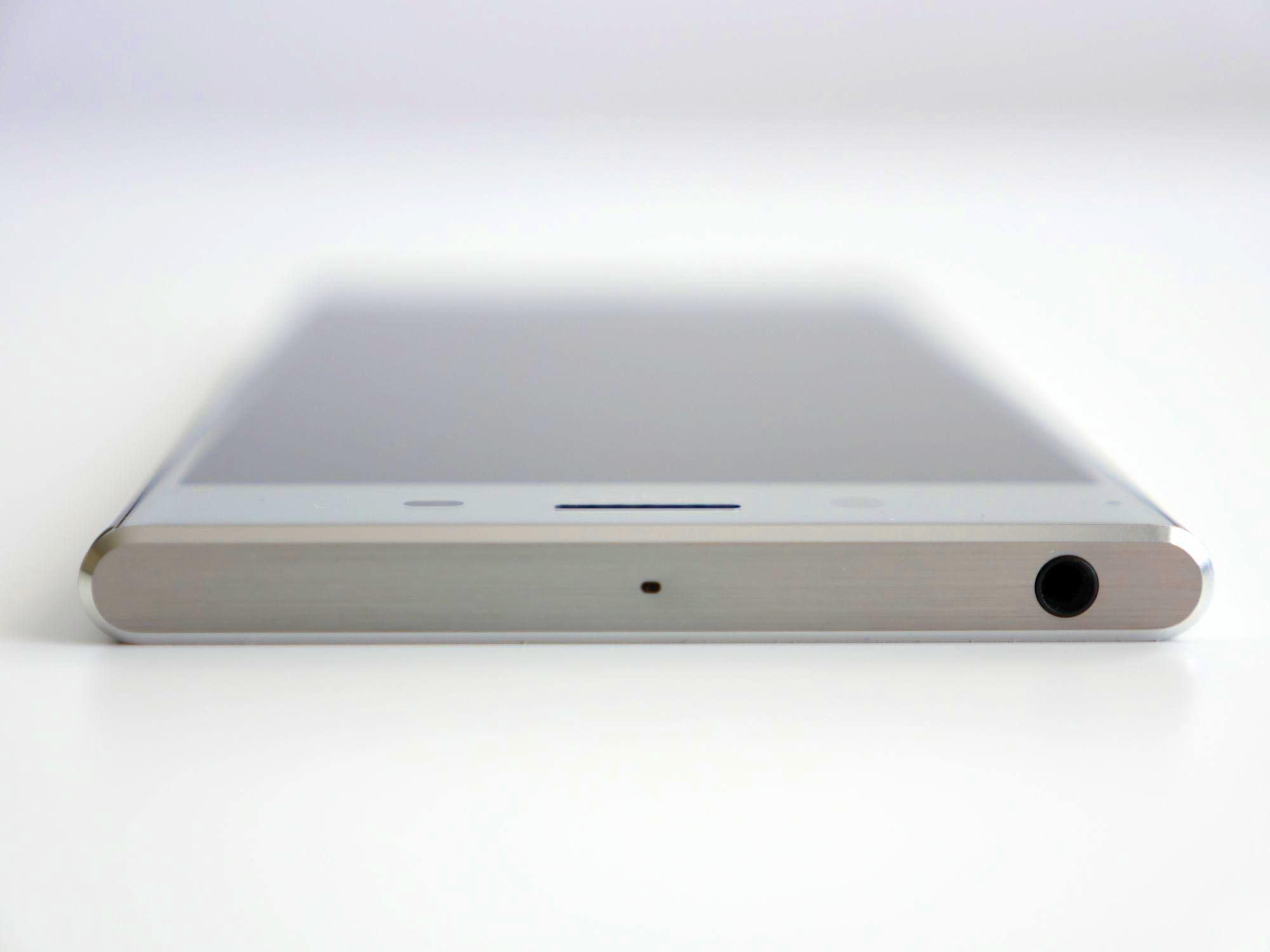 Tabletowo.pl To Wam się nie spodoba: Sony szykuje smartfon bez 3,5 mm złącza słuchawkowego Android Smartfony Sony