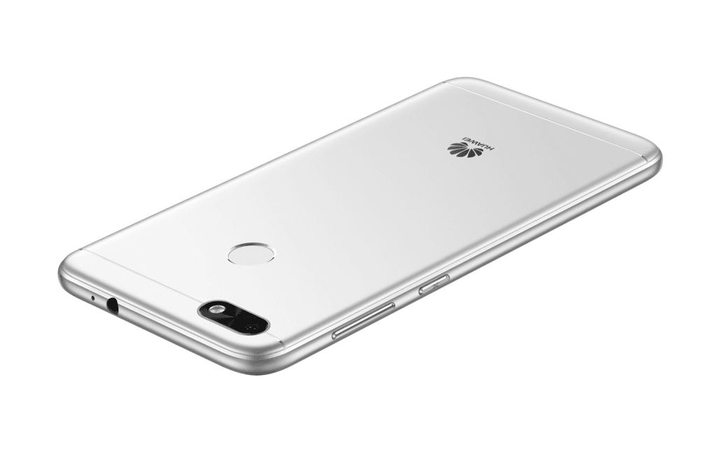 Tabletowo.pl Huawei P9 Lite Mini wkrótce trafi do sprzedaży w Polsce. Kupisz? Android Huawei Plotki / Przecieki Smartfony