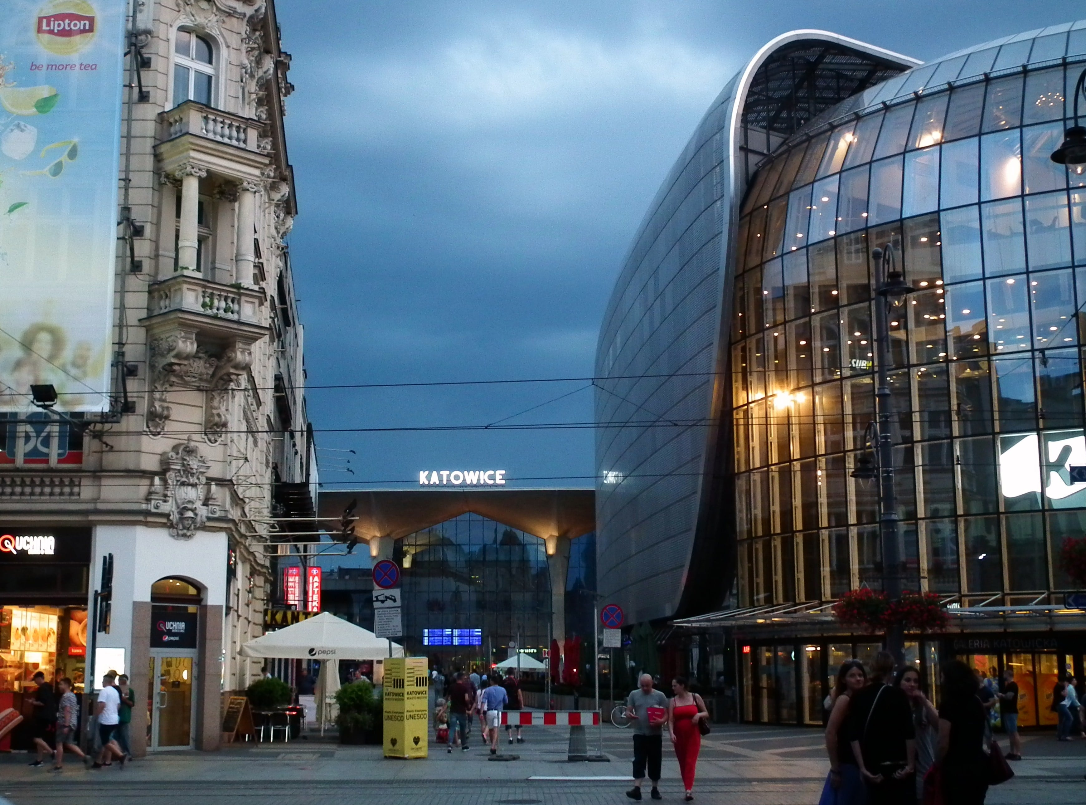 Tabletowo.pl Katowice też mają swój Premium Service Plaza. Tu naprawisz Samsunga w godzinę Samsung Wydarzenia