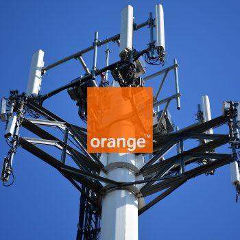 maszt stacja bazowa nadajnik Orange logo