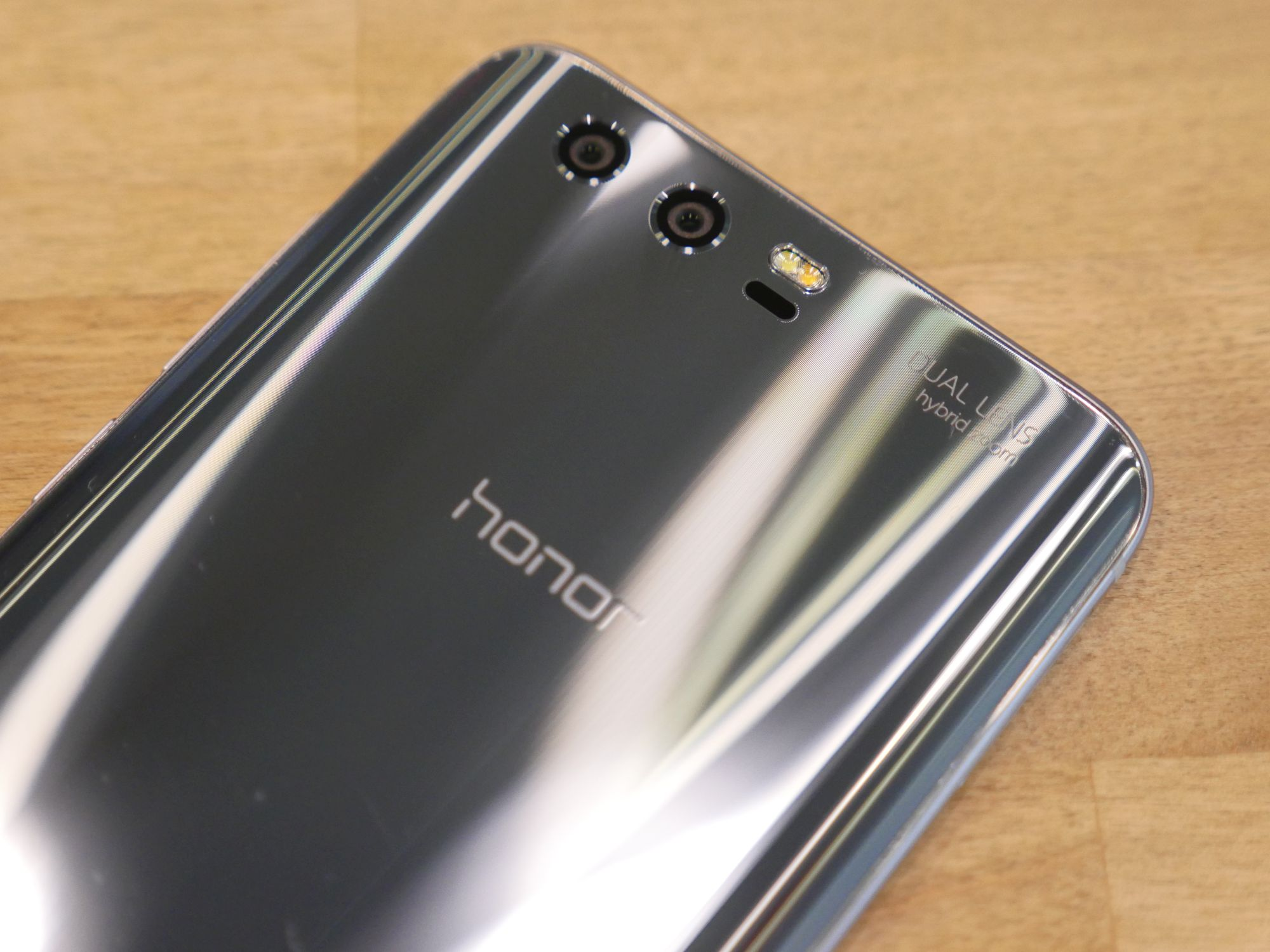 """Tabletowo.pl Honor 5 grudnia zaprezentuje w Europie nowy, """"bezramkowy"""" smartfon Android Huawei Smartfony"""
