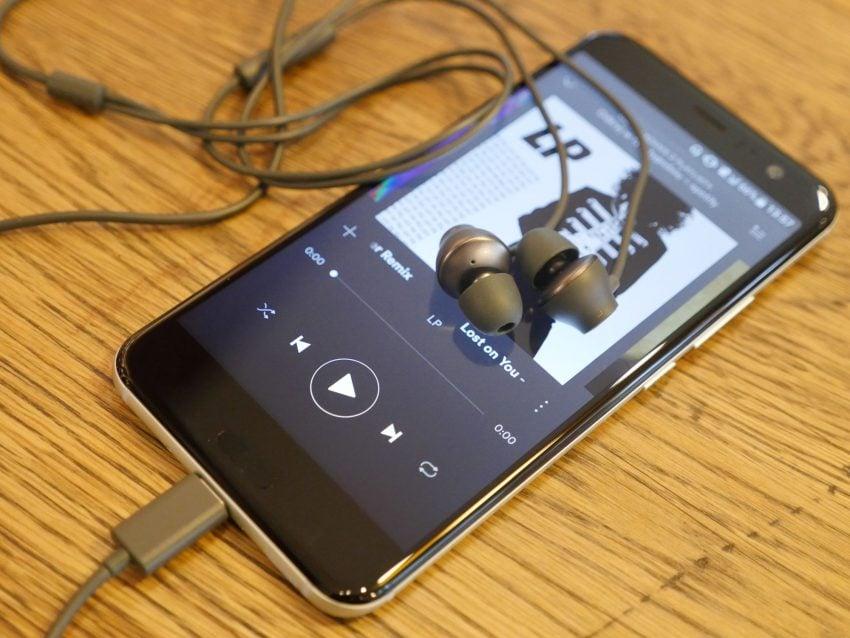 Tabletowo.pl Teraz już nie tylko LG G6 jest tani. Szukając zeszłorocznego flagowca, sprawdź mega promocję na HTC U11! Promocje Smartfony