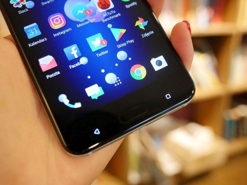 Tabletowo.pl Recenzja HTC U11 - Edge Sense to bajer, ale ten aparat... Android HTC Recenzje Smartfony