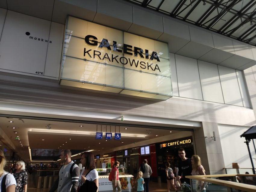Tabletowo.pl Porządny budżetowiec. Recenzja LG K8 (2017) Android LG Recenzje Smartfony