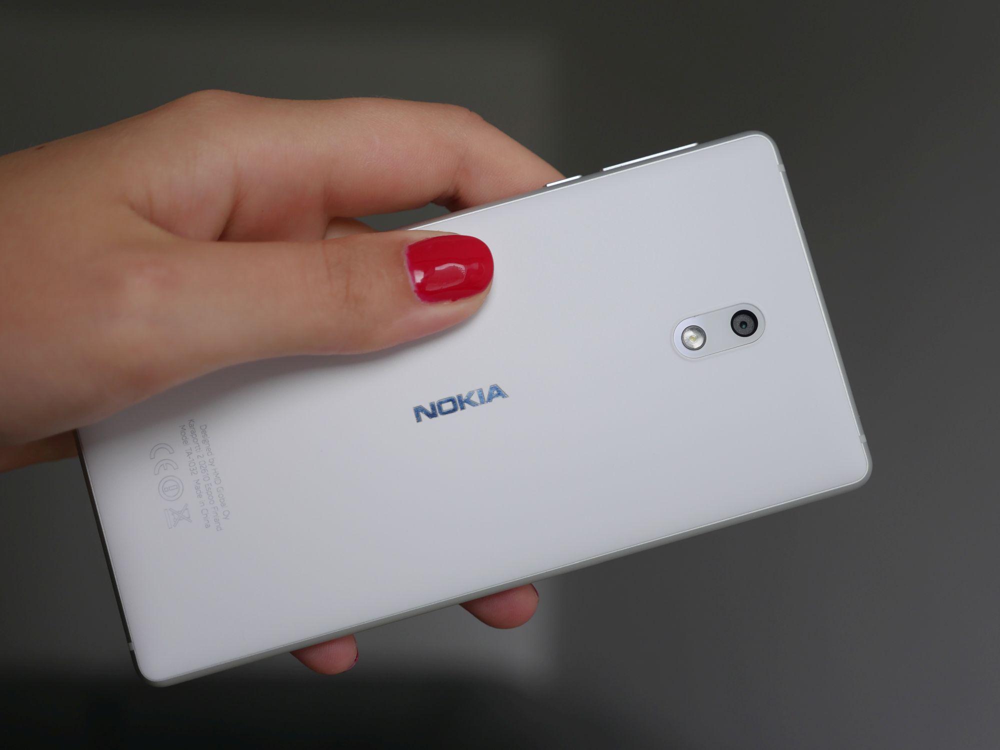 Nokia 3 ma jedną, niezaprzeczalną zaletę. Ale nadal jej używanie to wyzwanie 26