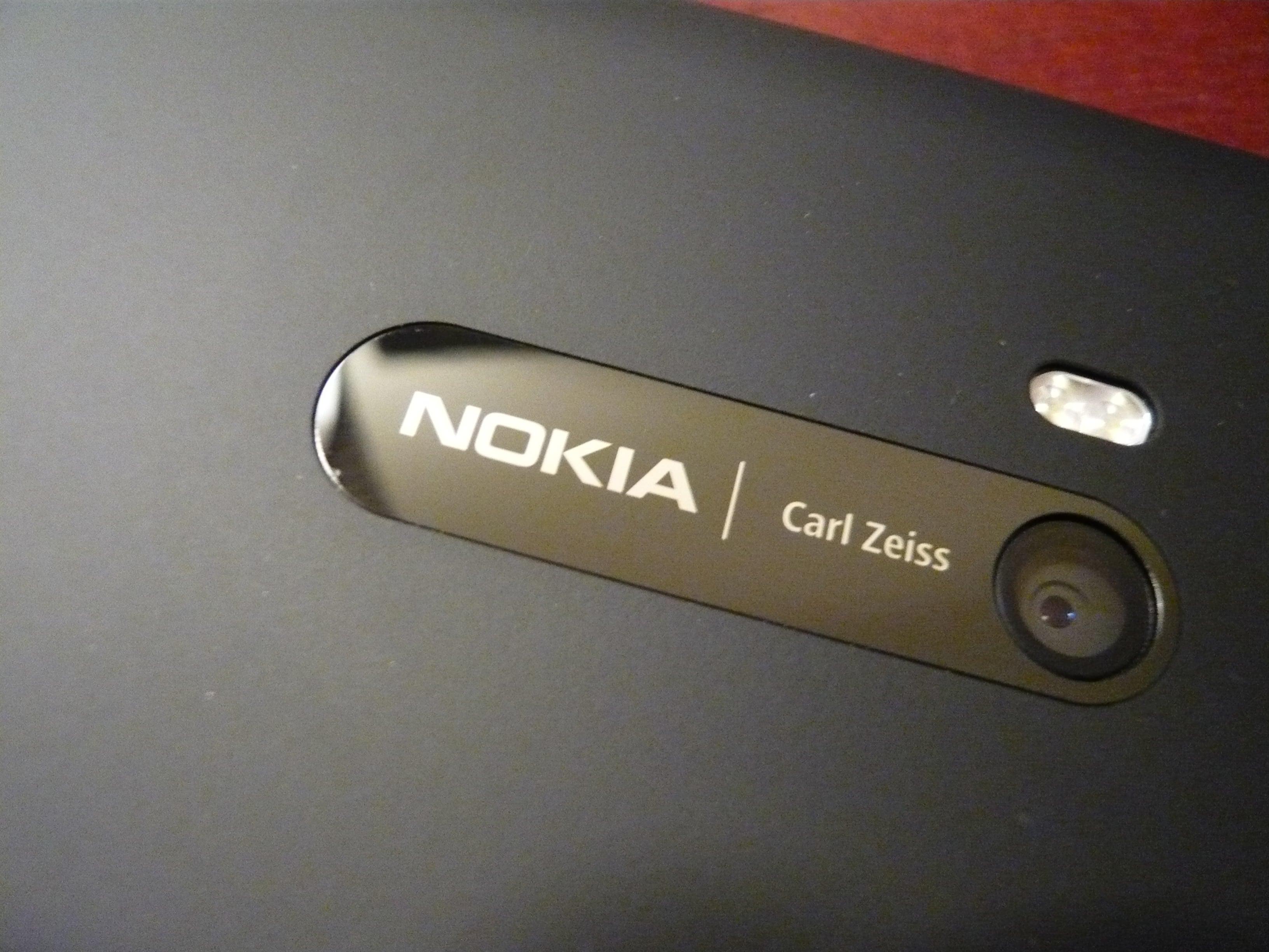 Uwaga, uwaga! Powrócą smartfony Nokii z optyką Carl Zeiss! 18