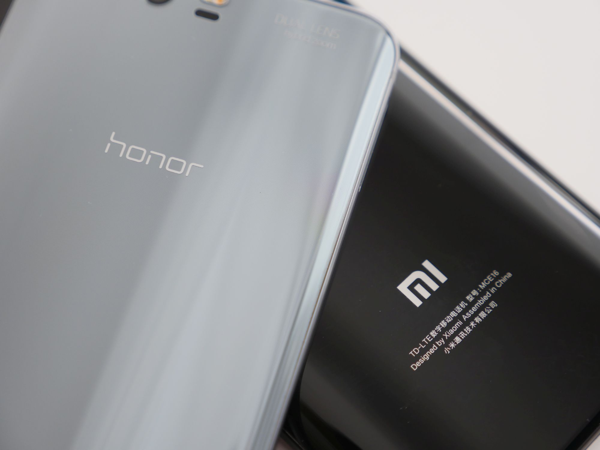 Porównanie: Honor 9 vs Xiaomi Mi 6. Czy faktycznie #XiaomiLepsze? 24