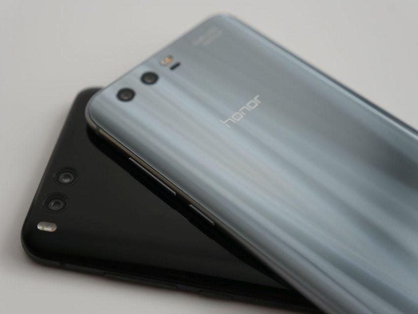 Tabletowo.pl Porównanie: Honor 9 vs Xiaomi Mi 6. Czy faktycznie #XiaomiLepsze? Android Huawei Porównania Smartfony Xiaomi