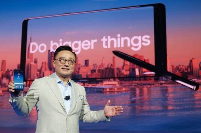 Tabletowo.pl Dlaczego Galaxy Note 8 ma mniejszą baterię niż Note 7? Odpowiada szef działu mobilnego Samsunga Samsung Smartfony