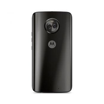 Tabletowo.pl Motorola Moto X4 trafiła do sprzedaży w Polsce. Kup ją, a za 1 zł dostaniesz wieczystą licencję Navitel Polska Android Lenovo Motorola Smartfony