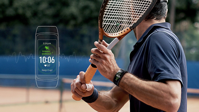Po co czekać, jak można zaprezentować już teraz? Opaska Samsung Gear Fit 2 Pro oficjalnie 21
