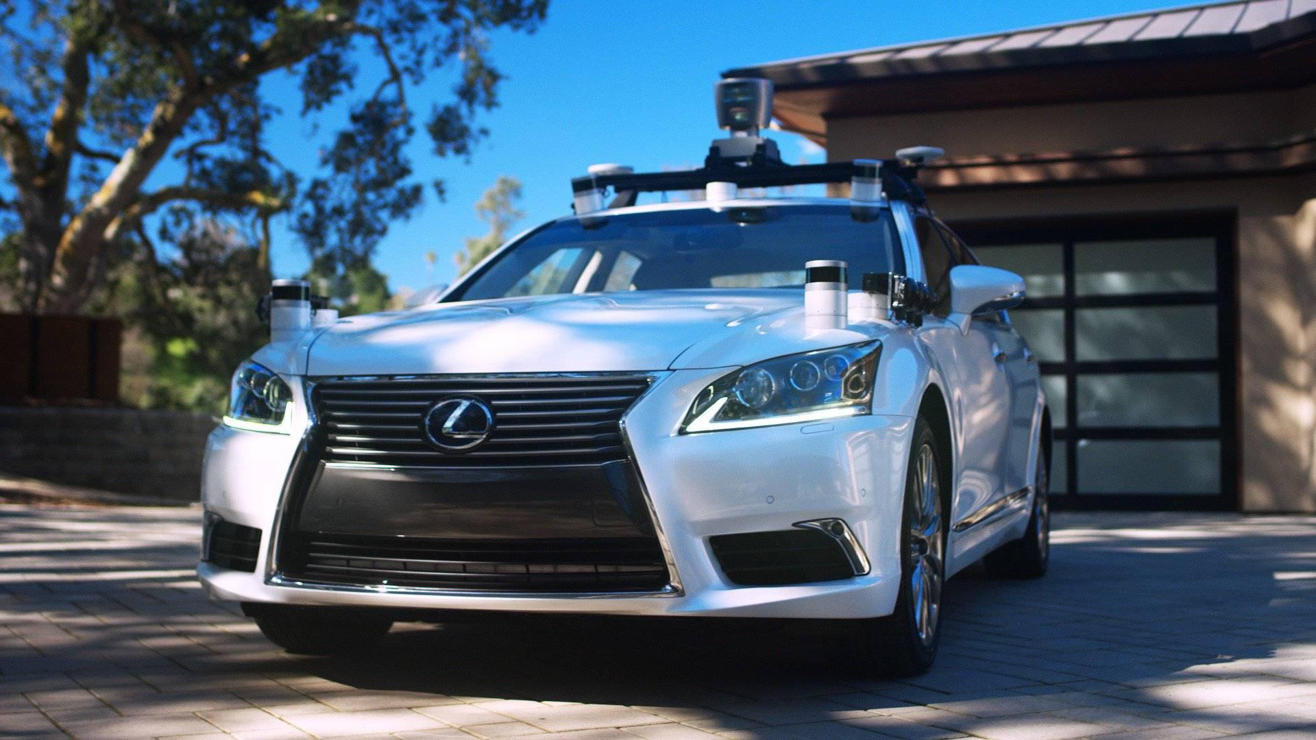 Trzeba przekonać ludzi do autonomicznych samochodów. Może podczas igrzysk olimpijskich? 25