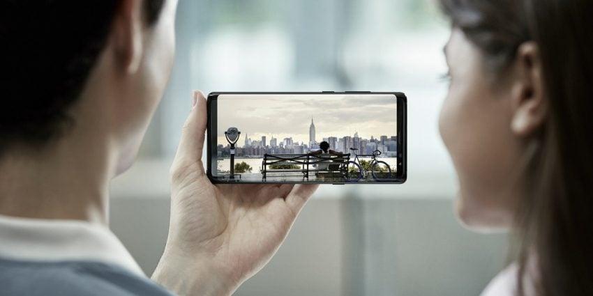 Tabletowo.pl Według DxOmark jest dwóch królów mobilnej fotografii: Samsung Galaxy Note 8 i iPhone 8 Plus Apple Raporty/Statystyki Samsung Smartfony