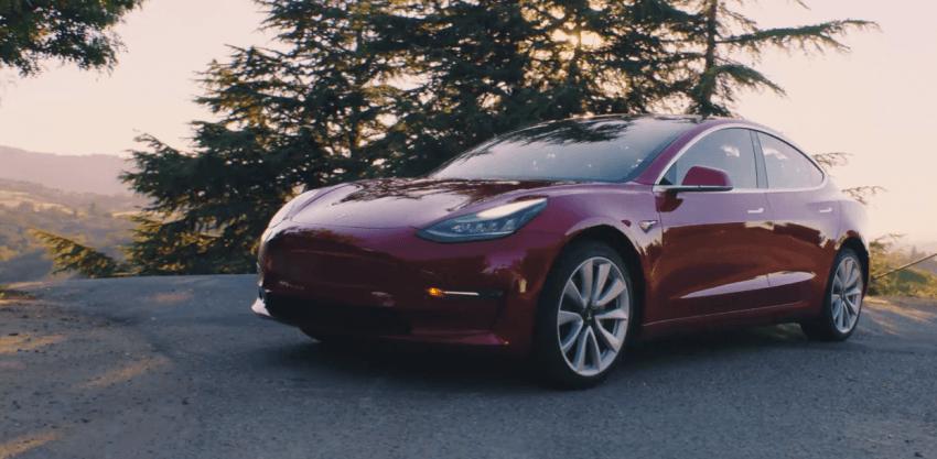 Tabletowo.pl Tesla dojeżdża do Polski. Trwają poszukiwania pracowników do polskiego serwisu marki Moto