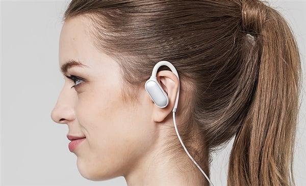 Tabletowo.pl Xiaomi prezentuje drugą odsłonę swoich słuchawek bezprzewodowych - Mi Sports Mini Akcesoria Nowości Xiaomi