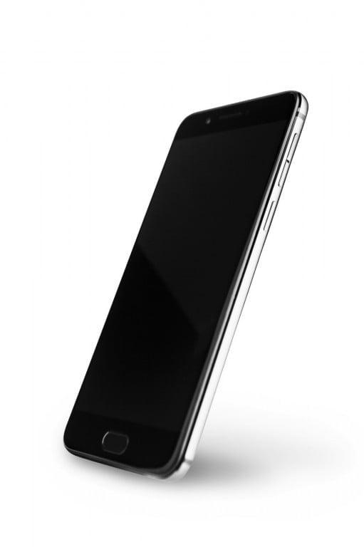 Tabletowo.pl Smartfon dla wielbicieli czytników e-booków: zaprezentowano YotaPhone 3 Nowości Smartfony