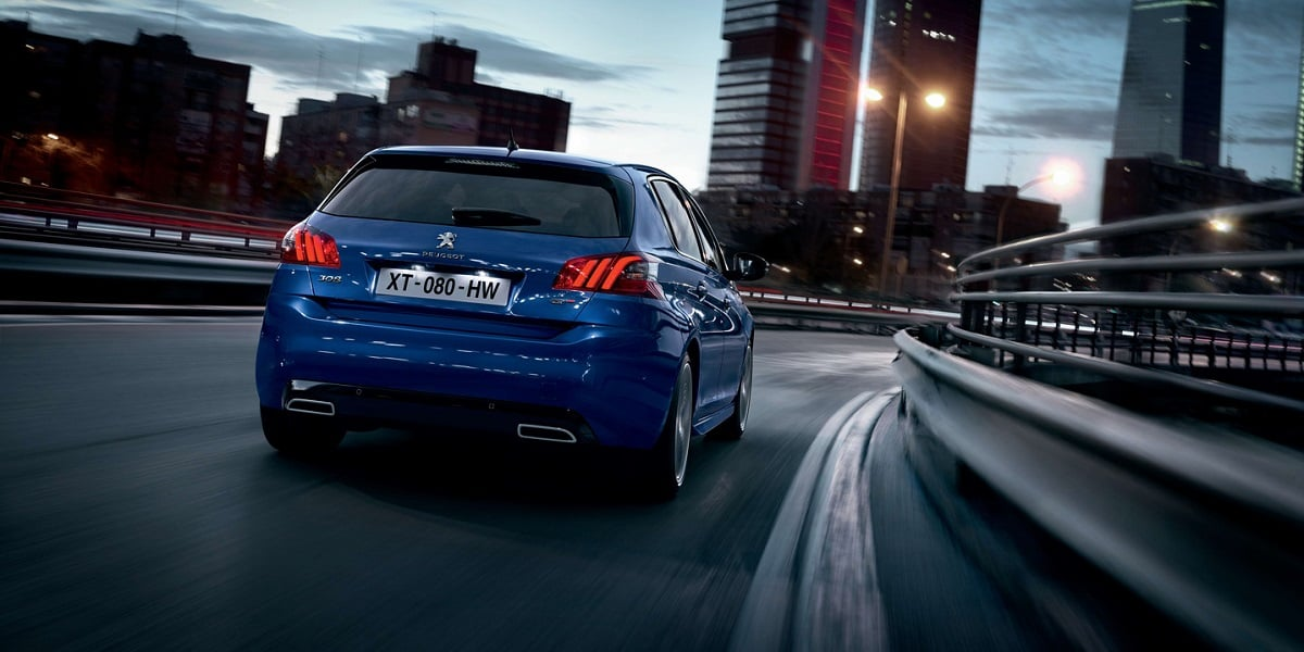 Chcesz umówić się na jazdę próbną nowym Peugeotem? Loguj się na Facebooka