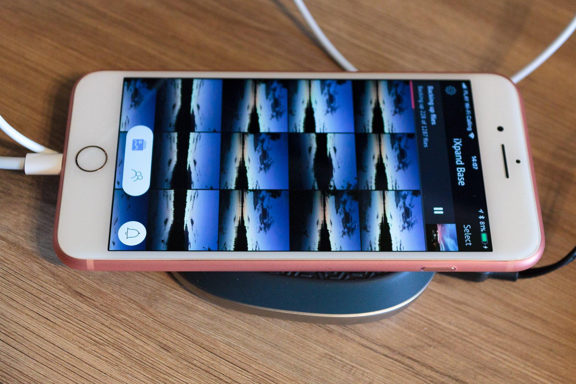 Tabletowo.pl Test SanDisk iXpand Base - backup na manowcach Akcesoria iOS Nowości Recenzje