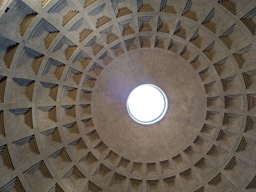 Tabletowo.pl Fotograficzny spacer po Rzymie z ASUSem ZenFone 4 Android Asus Smartfony