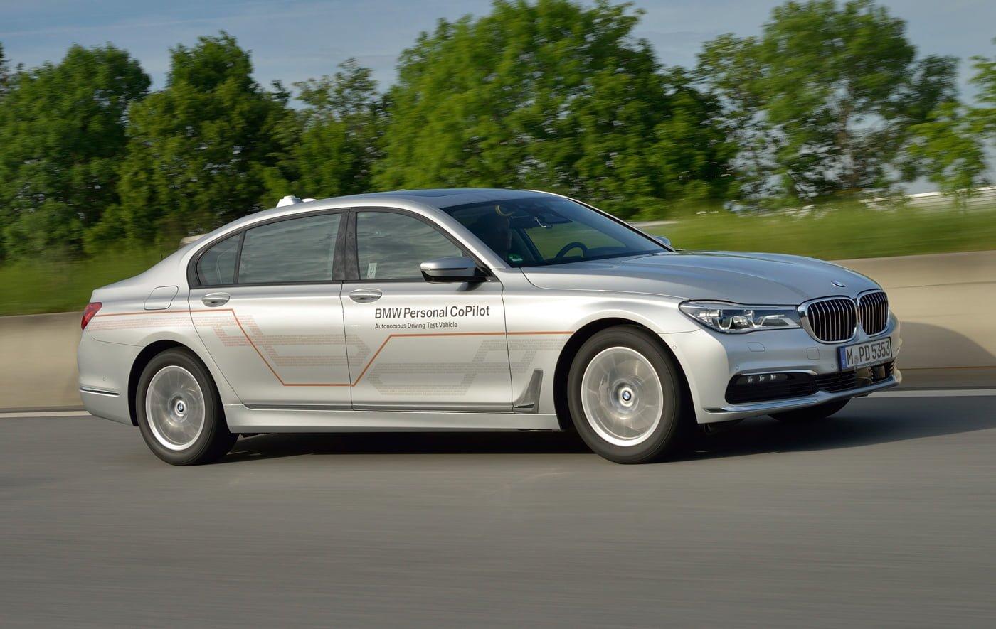 Tabletowo.pl BMW pracuje nad autonomicznym samochodem, ale zaprezentuje go dopiero w 2021 roku Moto