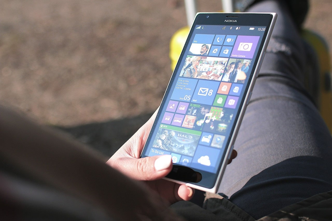 Tabletowo.pl Masz jeszcze smartfona z Windows Mobile? Jesteś ciekawy, czy dostaniesz aktualizację z okazji Fall Creators Update? Windows