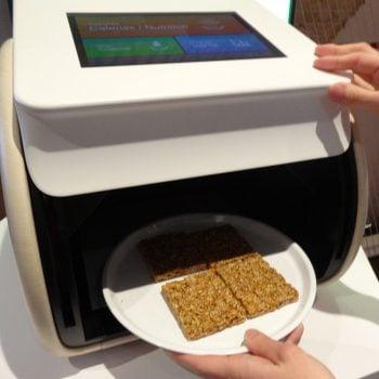 Tabletowo.pl Jesteś na diecie? Ten sprzęt od Panasonica pomoże liczyć kalorie, które masz na talerzu Ciekawostki Panasonic Sprzęt