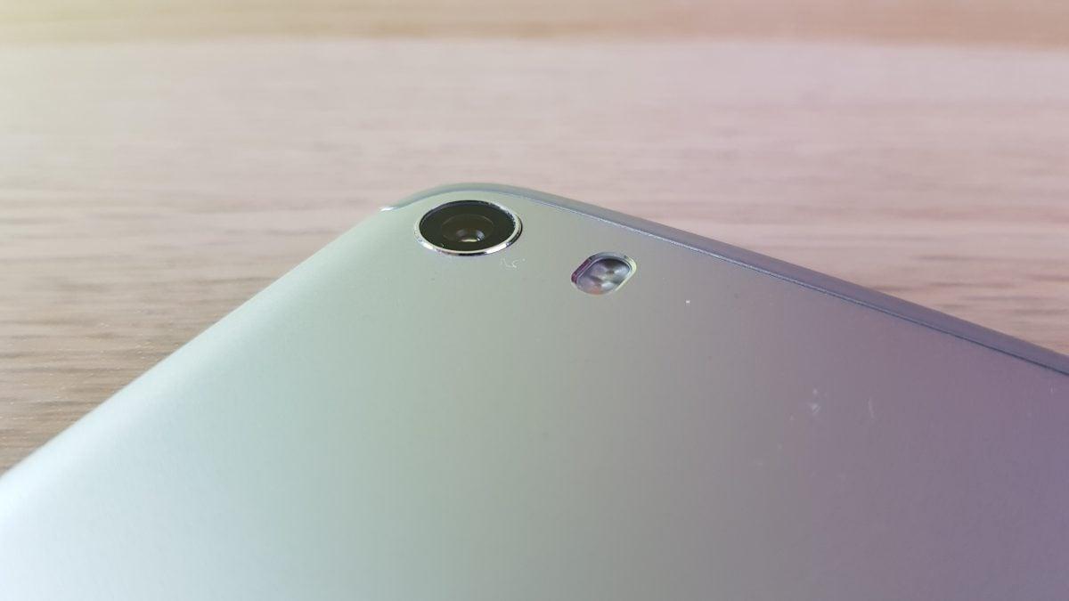 Tabletowo.pl Alcatel Idol 5 - recenzja średniaka w niezłej cenie Alcatel Android Recenzje Smartfony