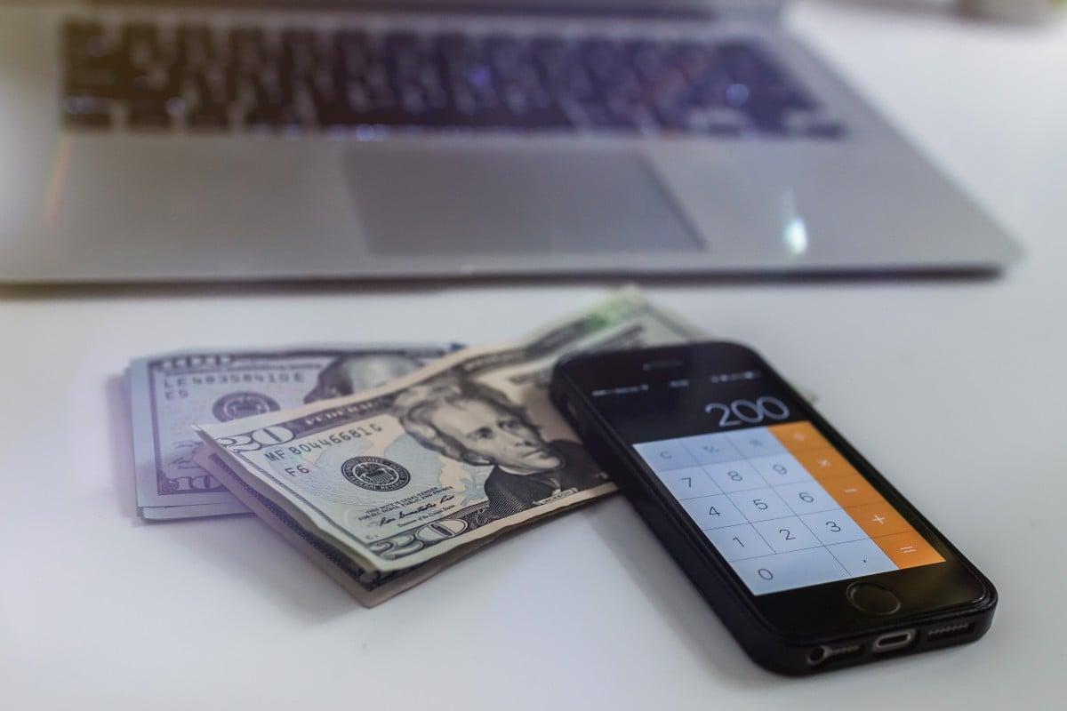 Ile tak naprawdę kosztuje wyprodukowanie iPhone'a 8+, iPhone'a X, Samsunga Galaxy S9+, Galaxy S8+ i Note'a 8? 23